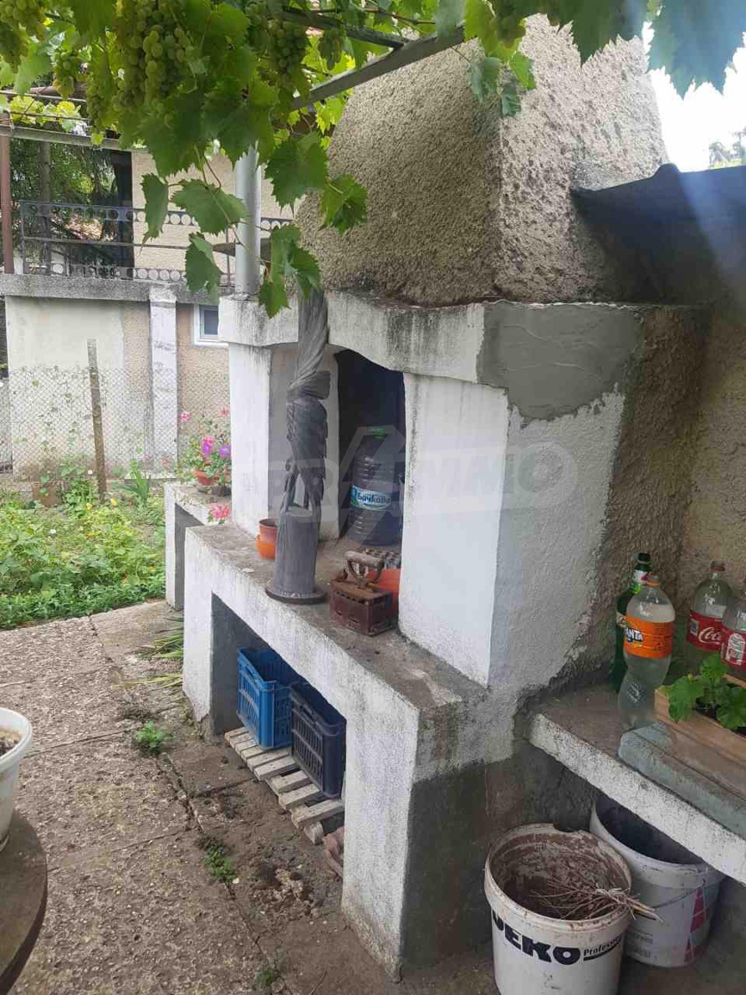 Къща с двор близо до морето в гр. Балчик 3