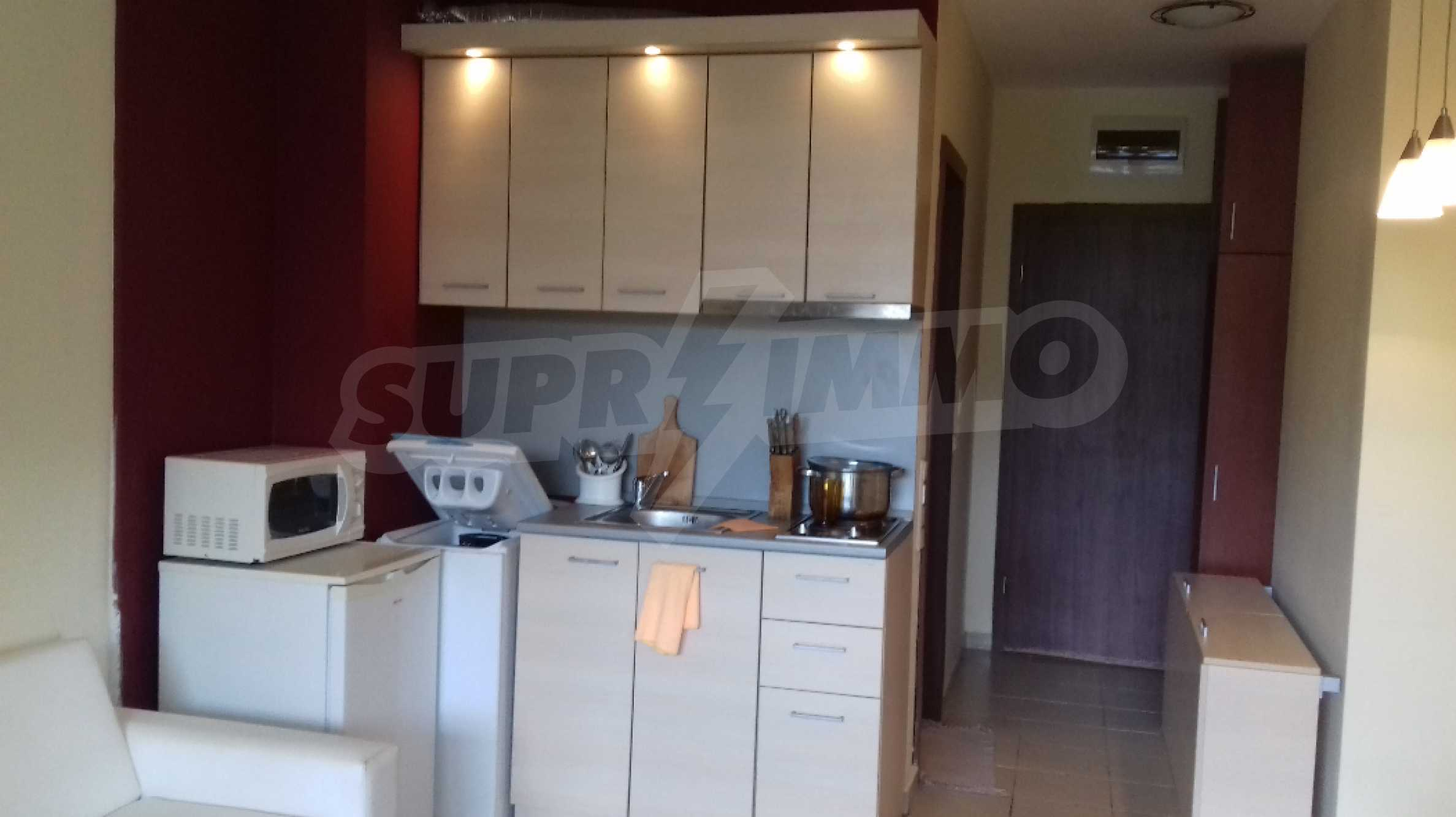 Fully furnished one-bedroom studio apartment in an elite complex in Kavatsite 4