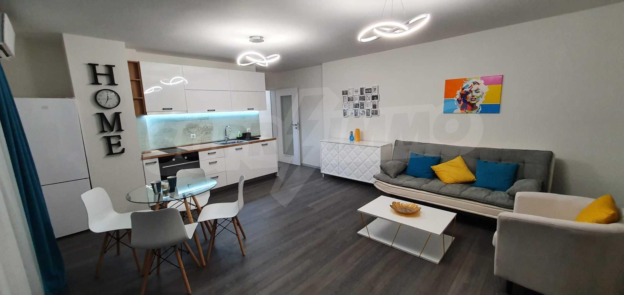 Новая стильно меблированная двухкомнатная квартира в Пловдиве, Центральный район, Каменица