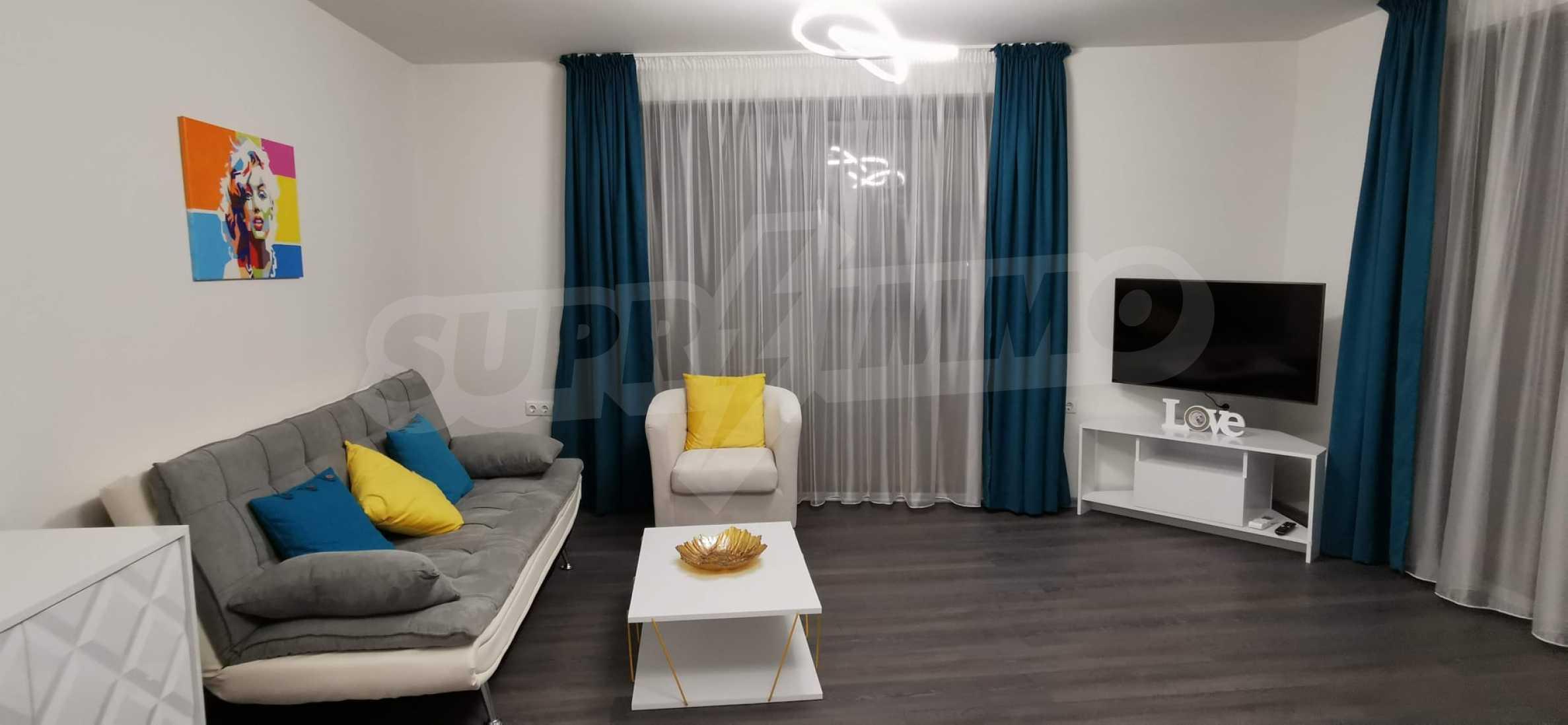 Новая стильно меблированная двухкомнатная квартира в Пловдиве, Центральный район, Каменица 1