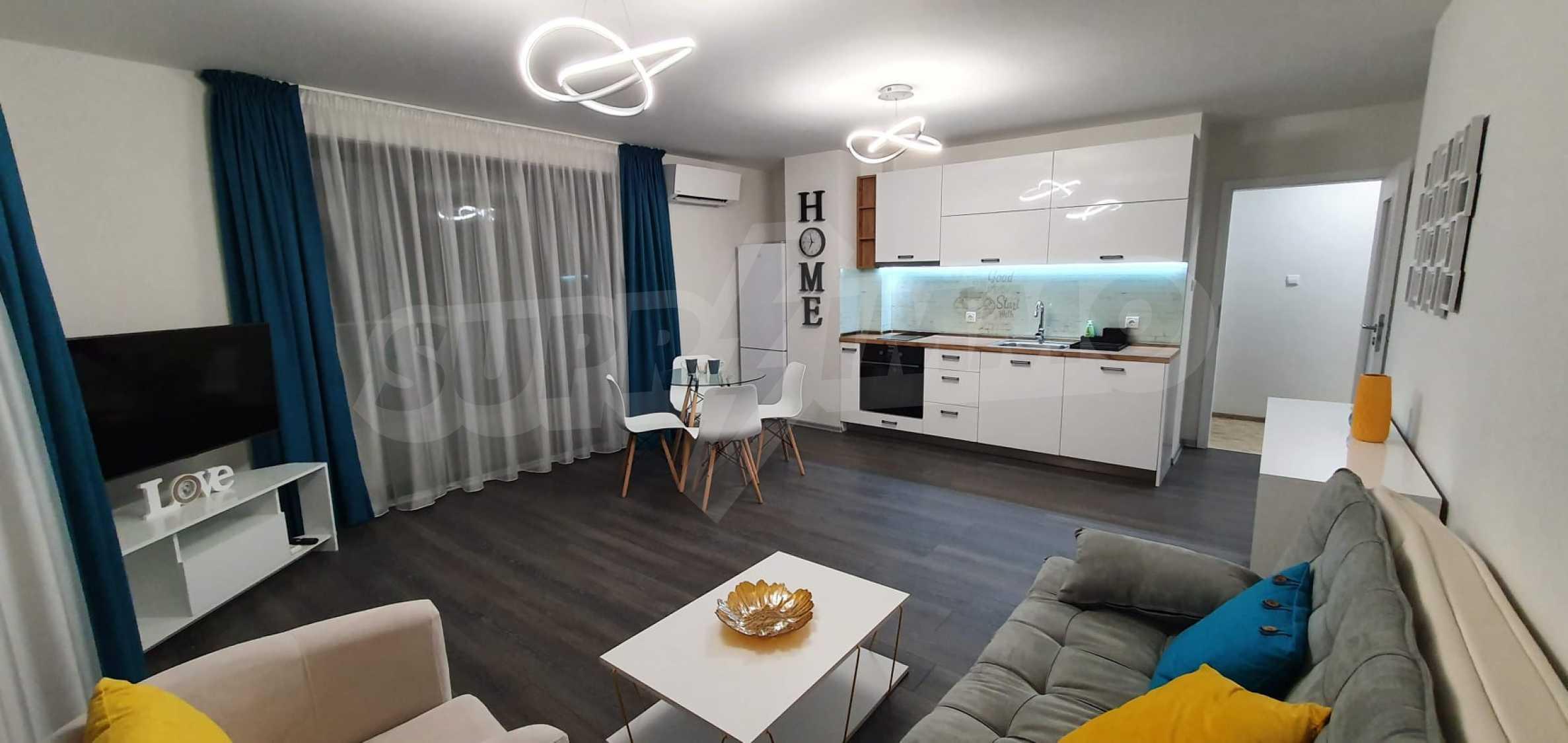Новая стильно меблированная двухкомнатная квартира в Пловдиве, Центральный район, Каменица 2