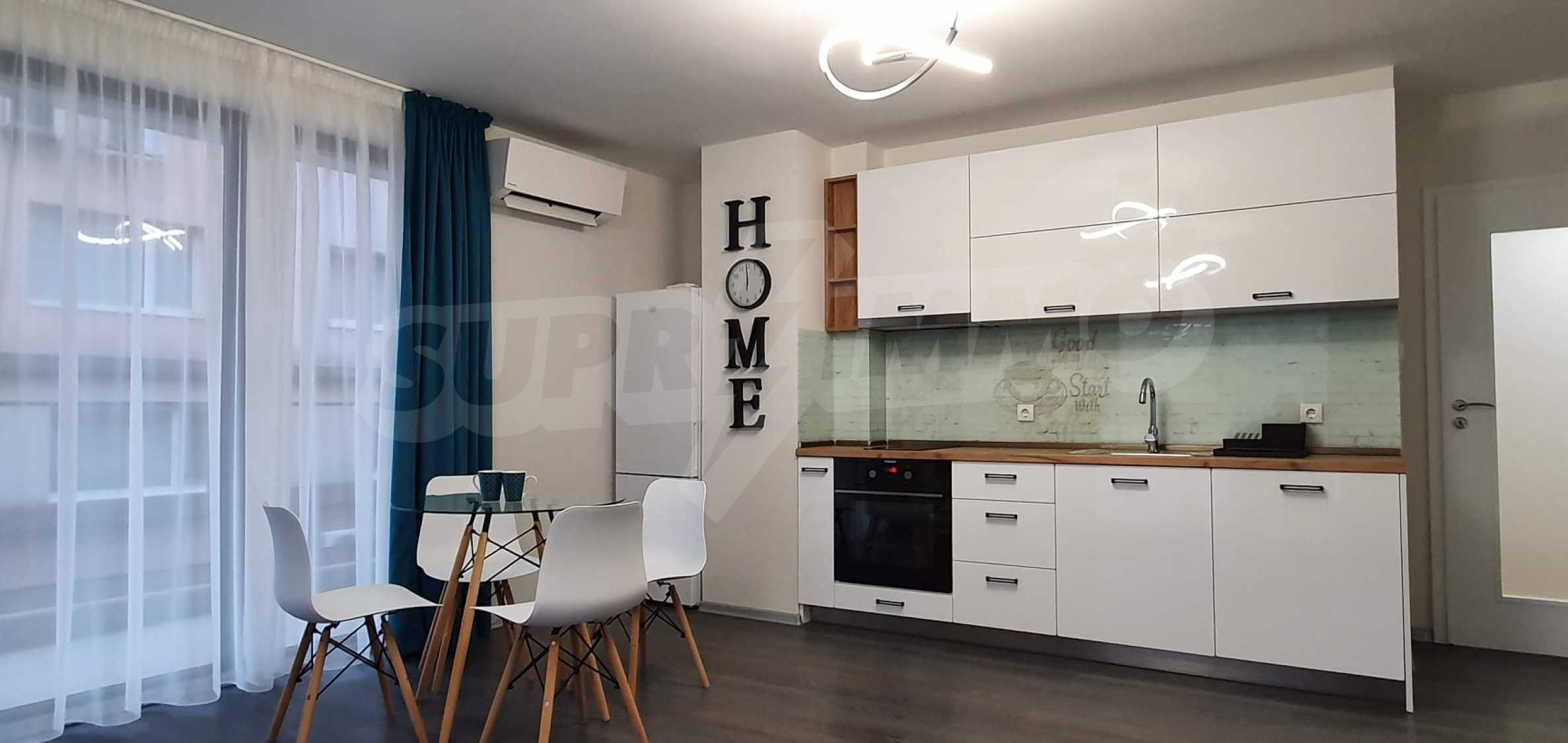 Новая стильно меблированная двухкомнатная квартира в Пловдиве, Центральный район, Каменица 5