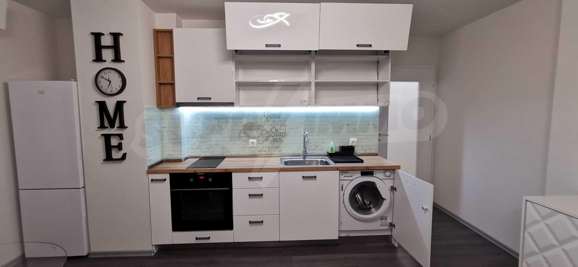 Новая стильно меблированная двухкомнатная квартира в Пловдиве, Центральный район, Каменица 6