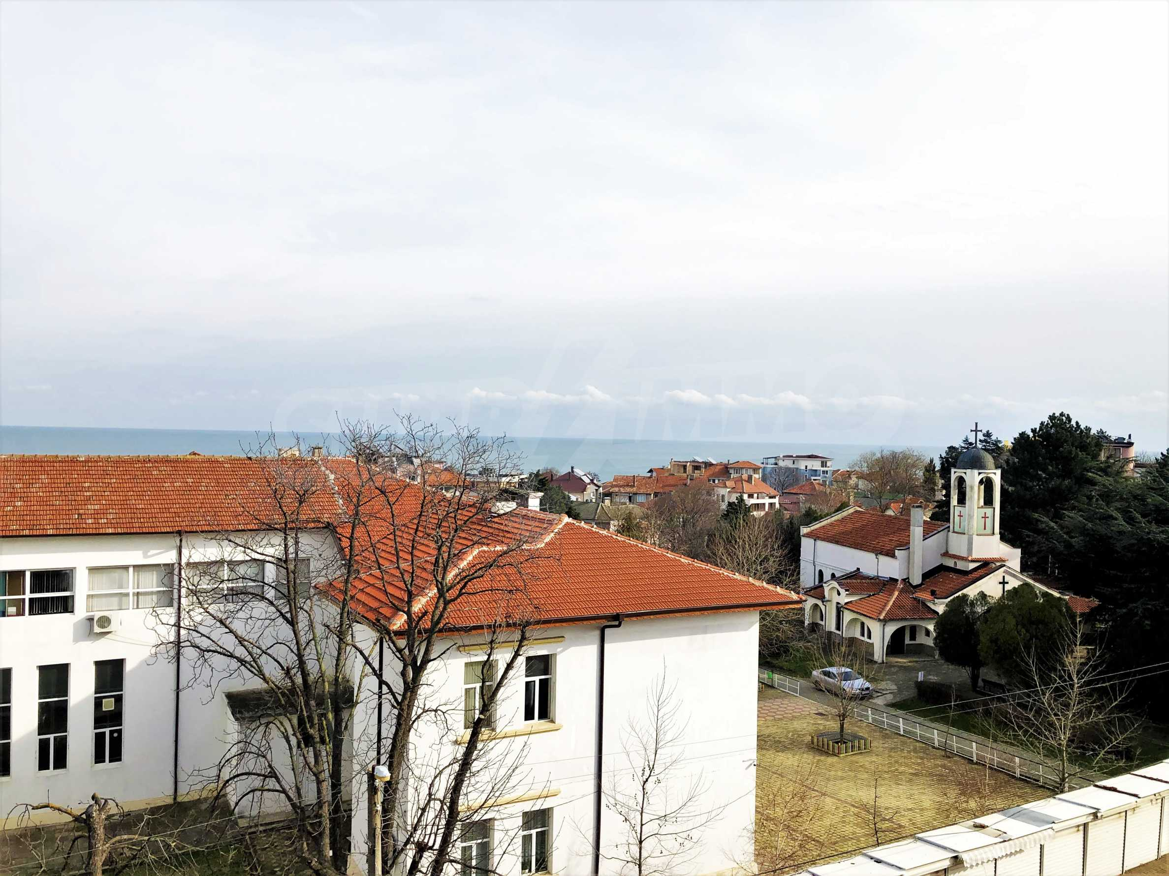 Apartment The Center - turnkey property with sea view, in the center of Obzor 3