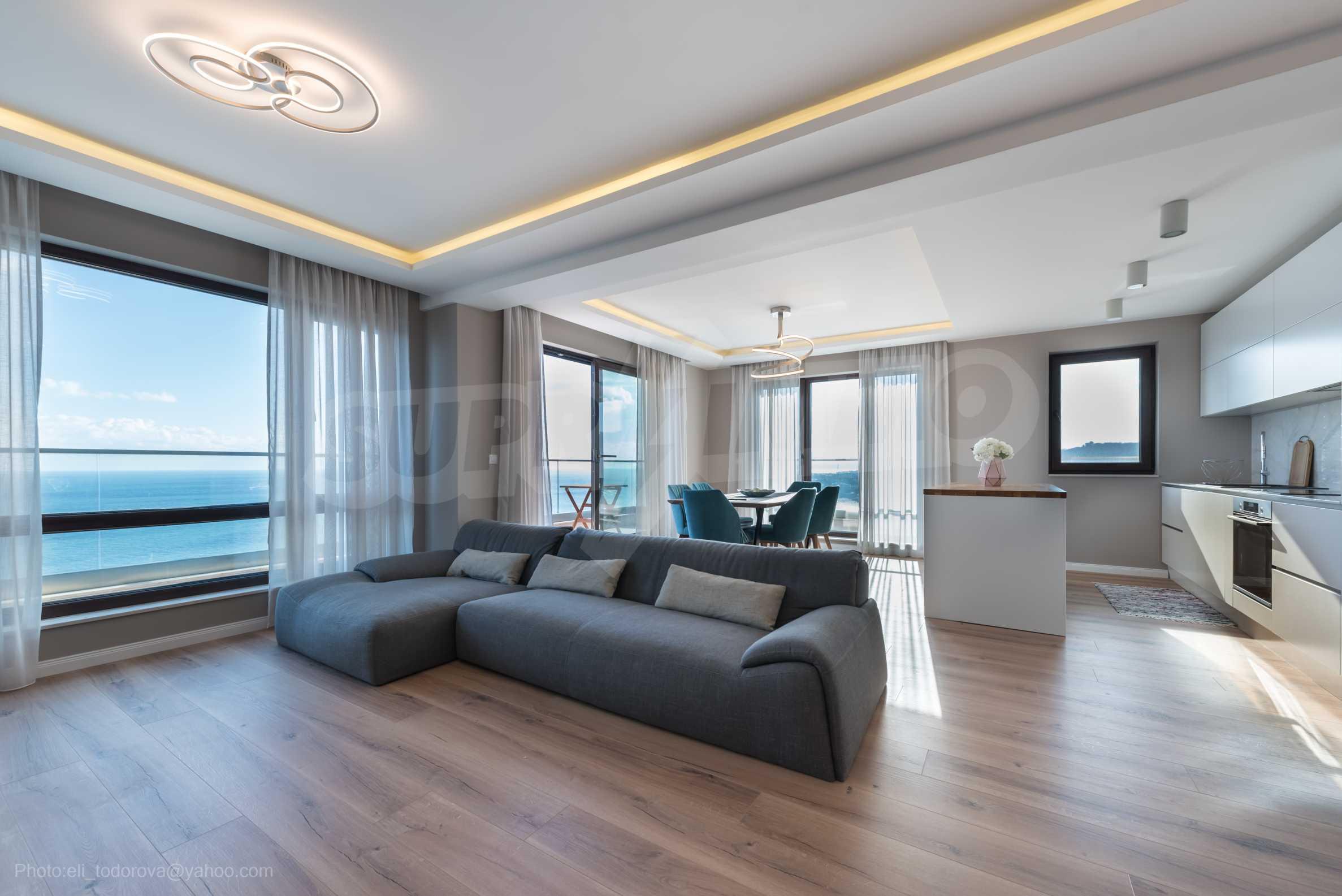 Апартамент Елеганс Вю - тристаен имот с уникална гледка към морето