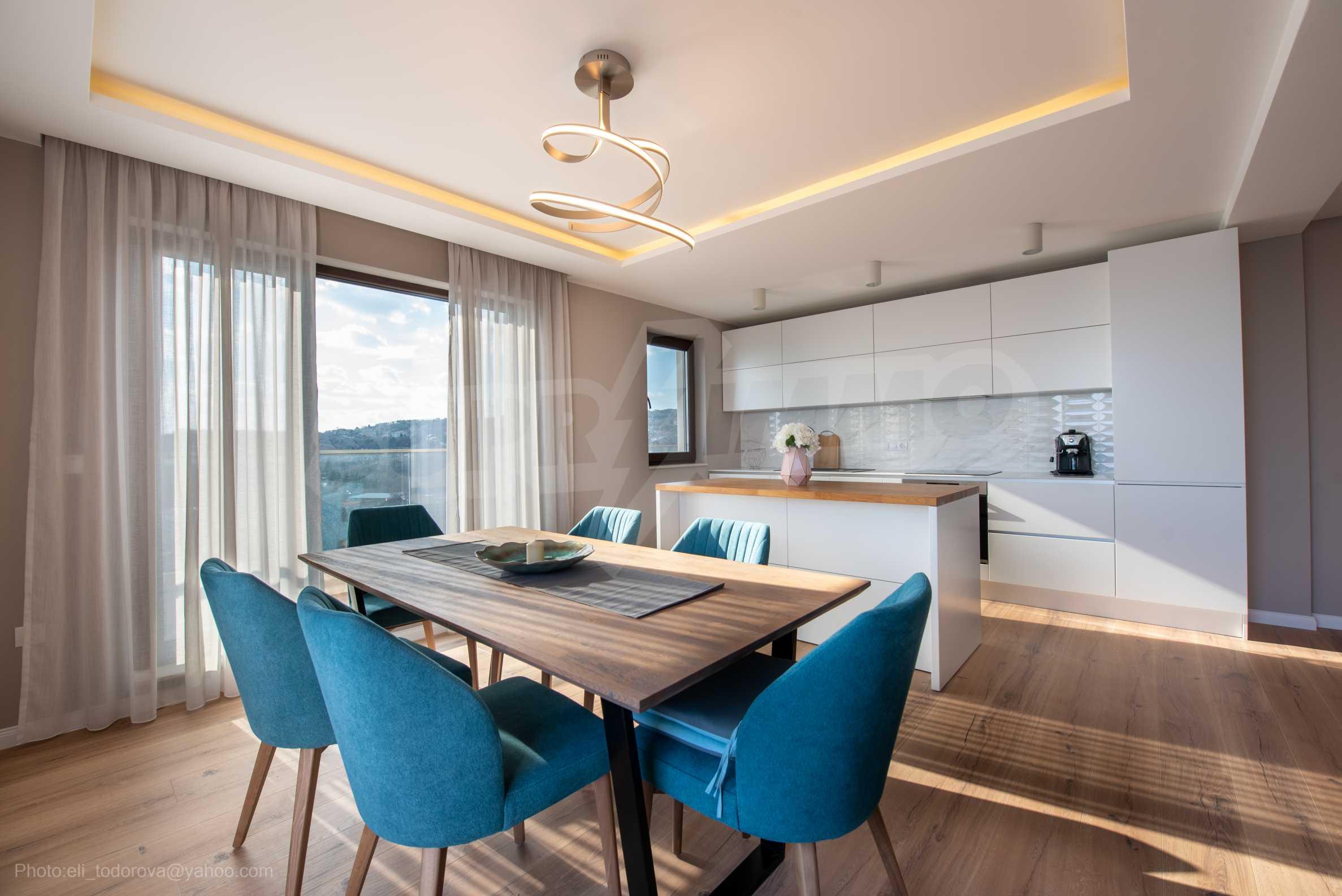 Апартамент Елеганс Вю - тристаен имот с уникална гледка към морето 9