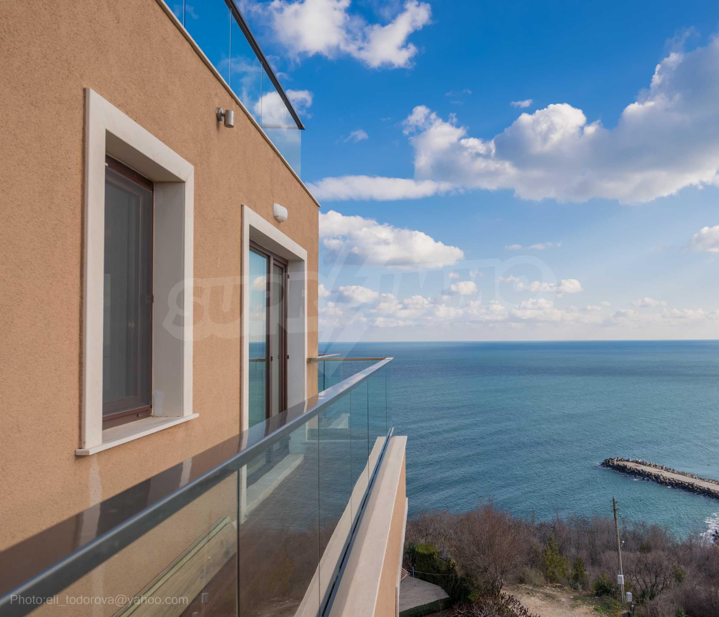 Апартамент Елеганс Вю - тристаен имот с уникална гледка към морето 20