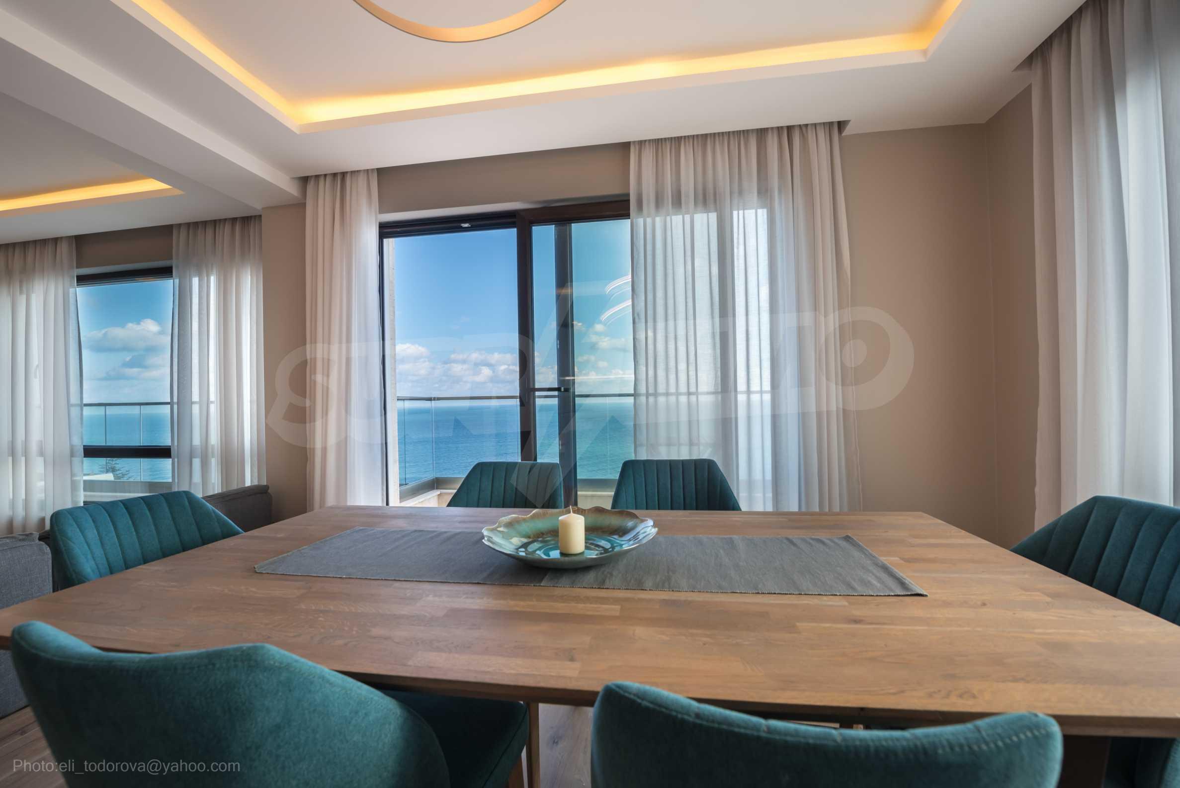 Апартамент Елеганс Вю - тристаен имот с уникална гледка към морето 5