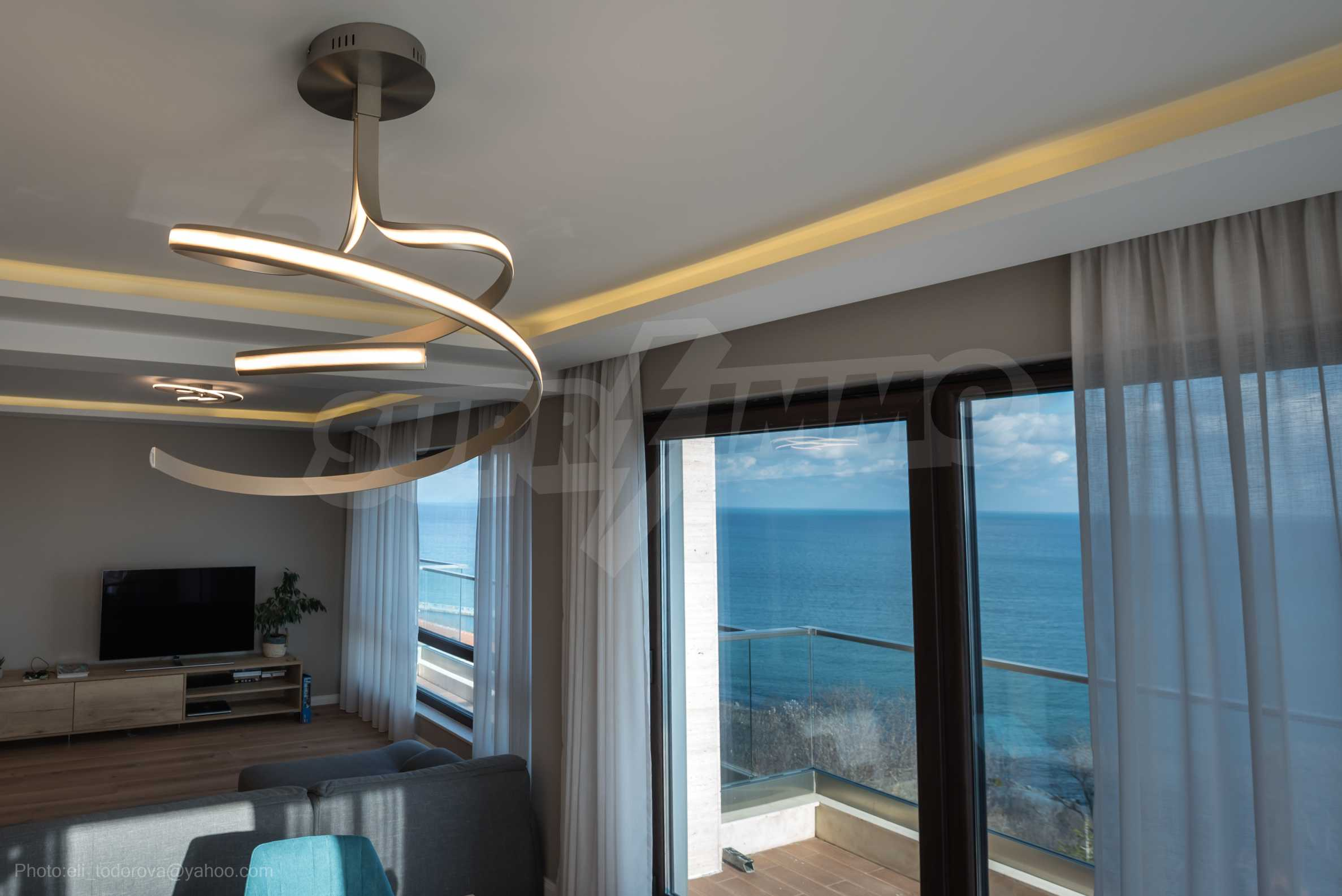 Апартамент Елеганс Вю - тристаен имот с уникална гледка към морето 6