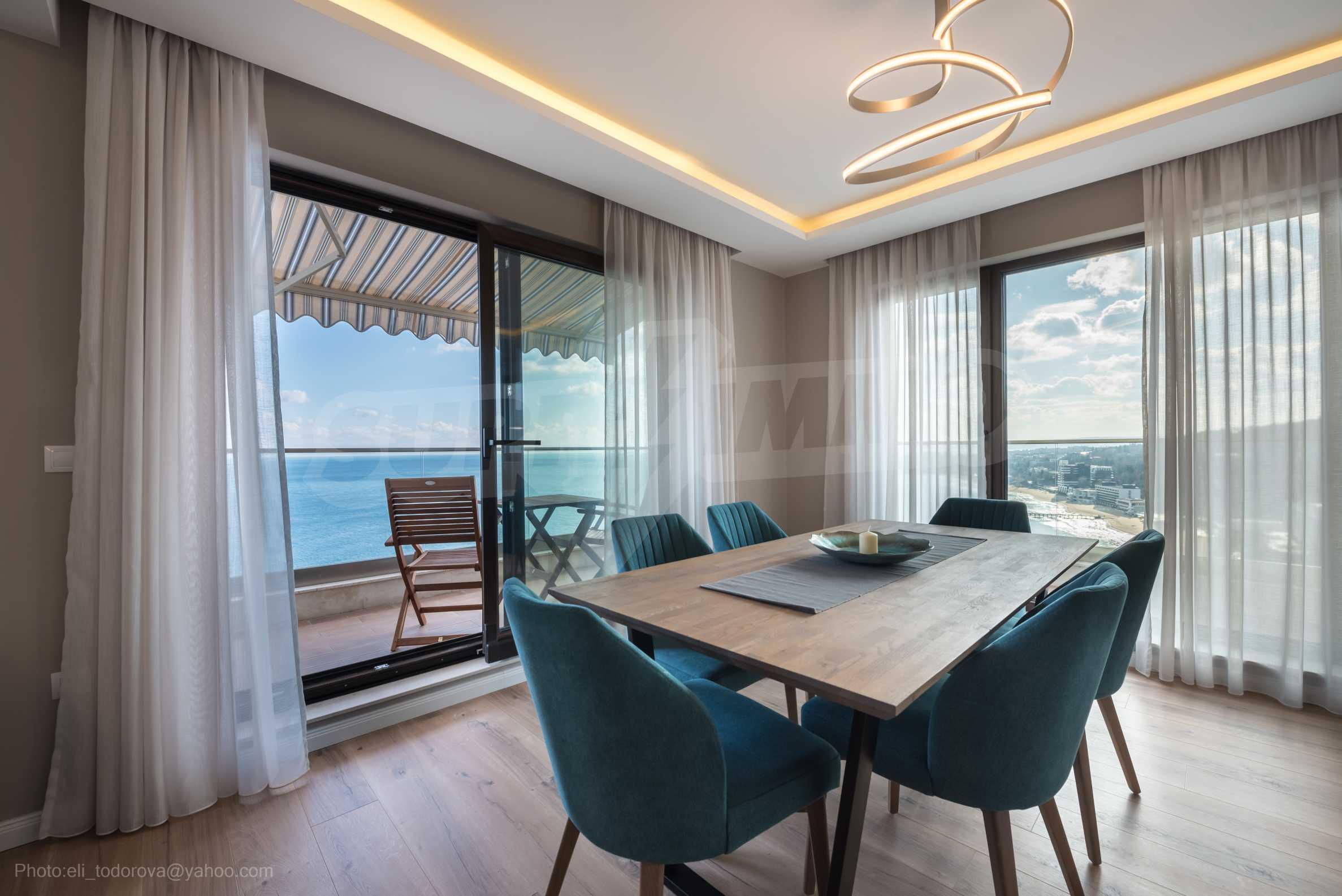 Апартамент Елеганс Вю - тристаен имот с уникална гледка към морето 7