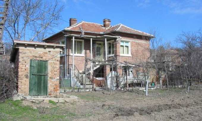 Rural property near Elhovo 1