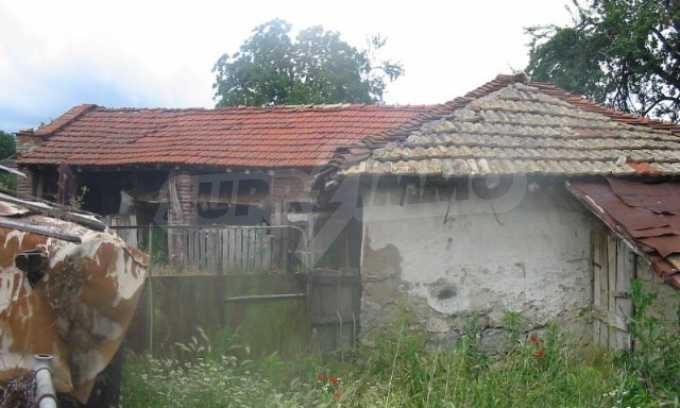 A nice house in a nice location!!! 10