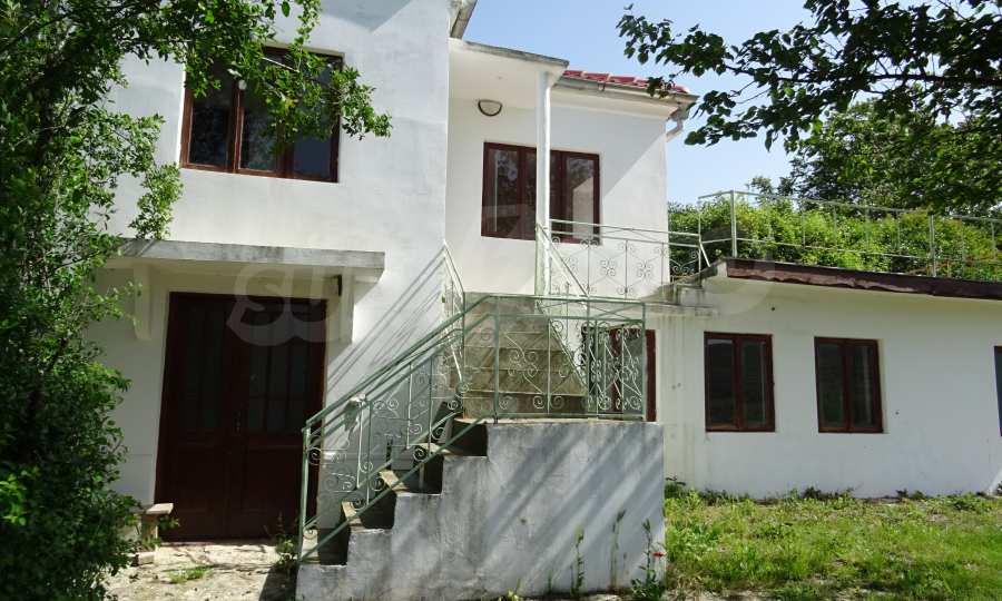 Две каменни къщи в Чернево 9