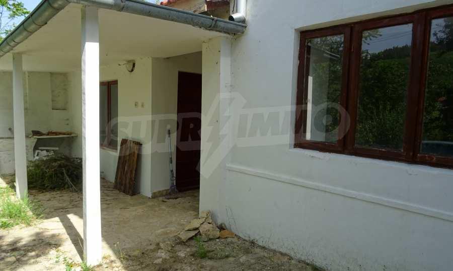 Две каменни къщи в Чернево 10