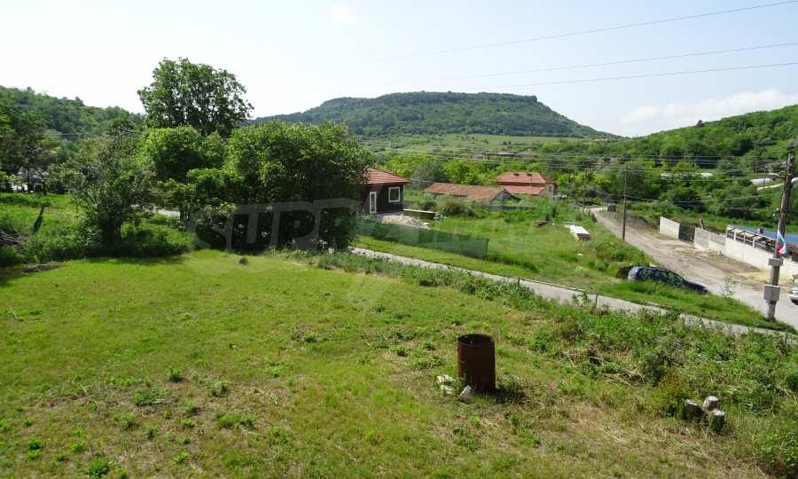 Две каменни къщи в Чернево 13