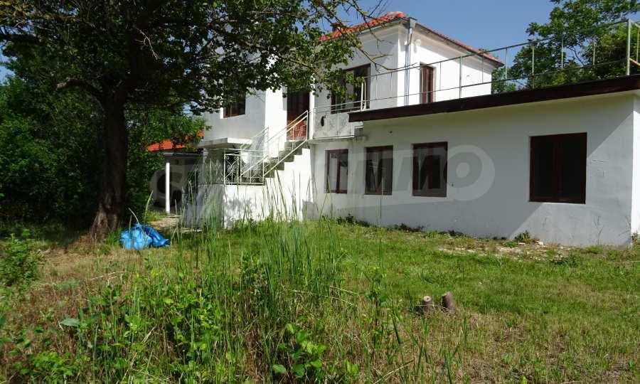 Две каменни къщи в Чернево 8