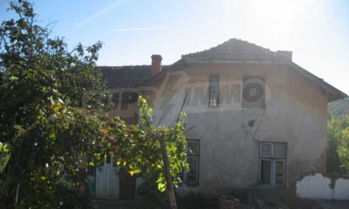 Къща за продан в района на гр. Монтана 17