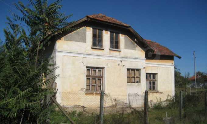 Къща за продан в района на гр. Монтана 1