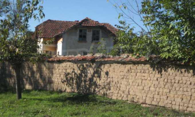 Къща за продан в района на гр. Монтана 24