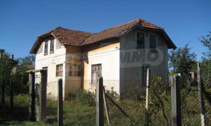Къща за продан в района на гр. Монтана 2