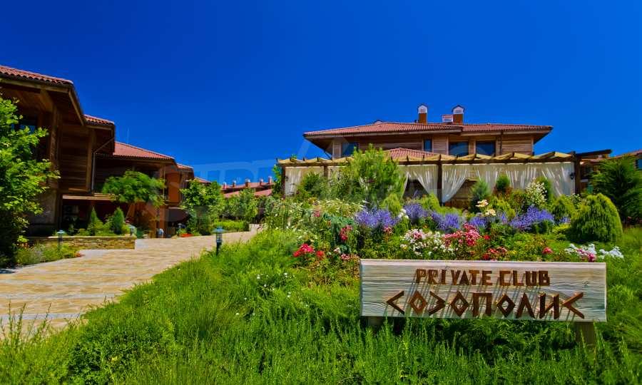 Созополис - уникални къщи тип дуплекс и апартаменти на брега на нос Колокита 50
