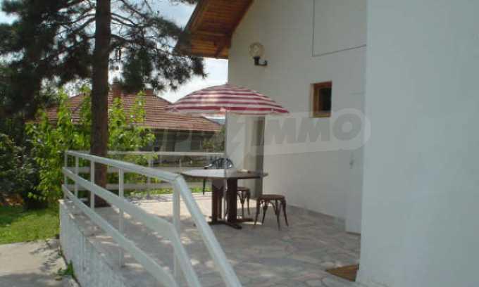 Обзаведено имение в село на 12 км от областния град Видин 16