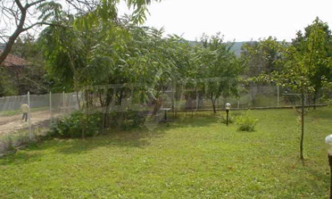 Обзаведено имение в село на 12 км от областния град Видин 19