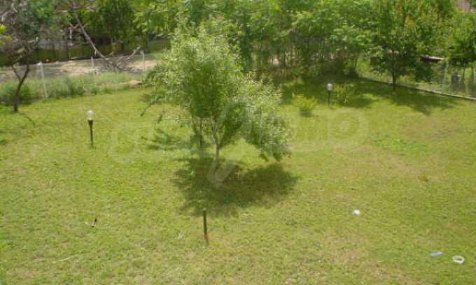 Обзаведено имение в село на 12 км от областния град Видин 21