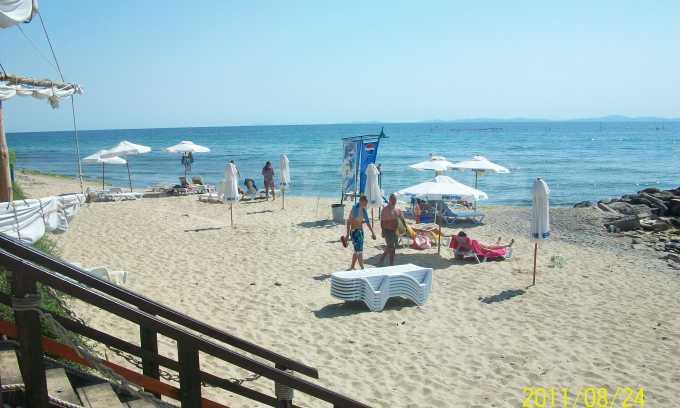 Robinson Beach 37