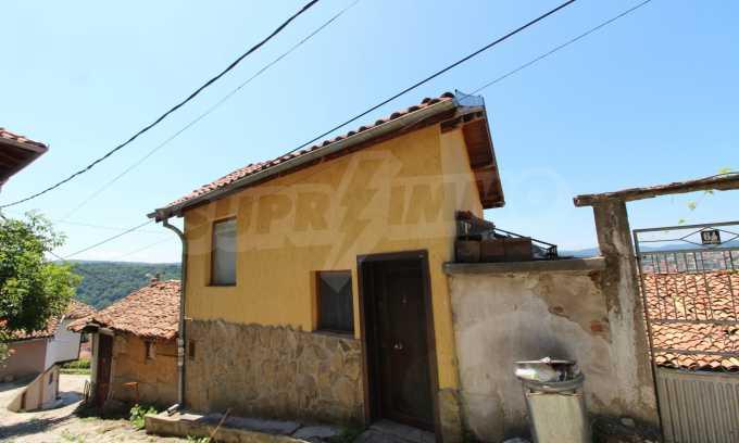 Къща след ремонт в старата част на Велико Търново 10
