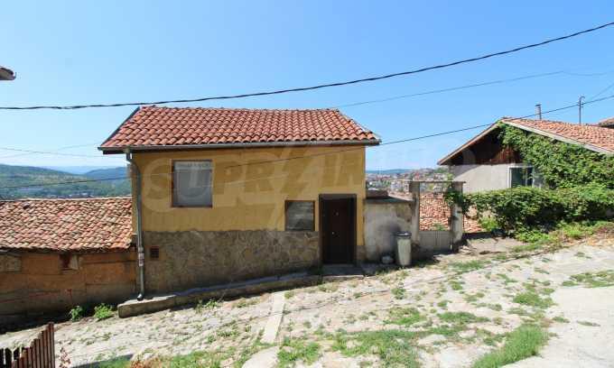 Къща след ремонт в старата част на Велико Търново 1