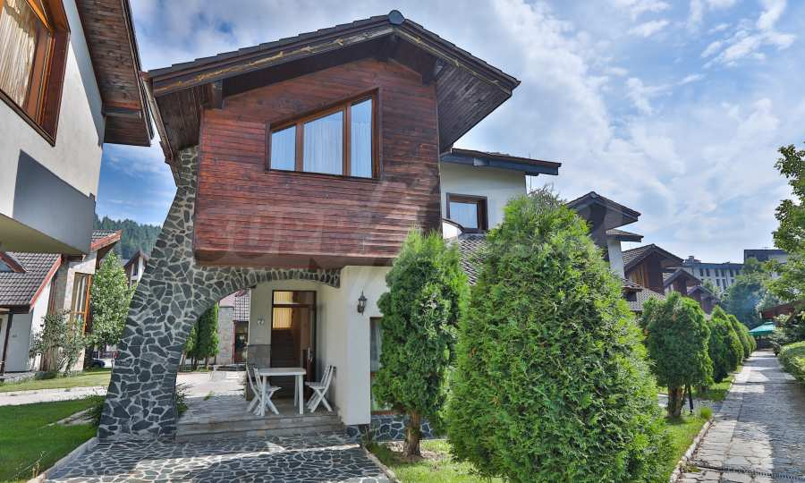 Fully furnished two-bedroom chalet in Redenka Holiday Club