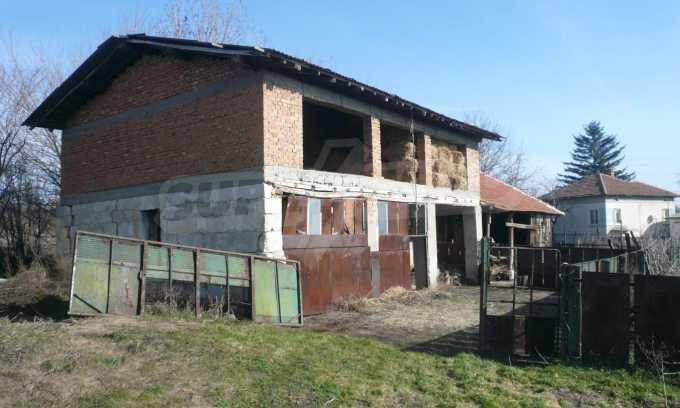 Breites Haus mit großem Hof, 3 km von Donau entfernt 15