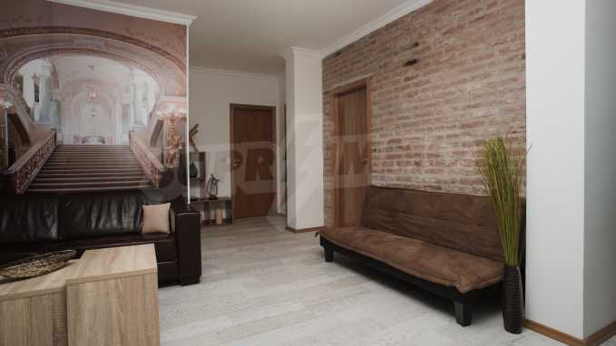 Spacious three bedroom penthouse apartment