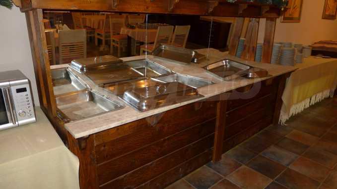 Möbliertes Restaurant im Komplex Grand Montana Bansko 10