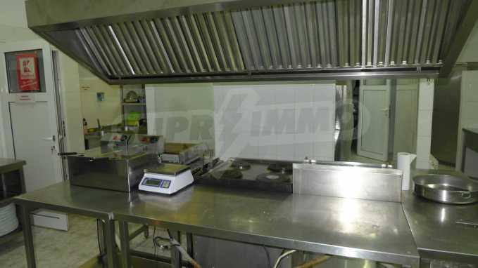 Möbliertes Restaurant im Komplex Grand Montana Bansko 12