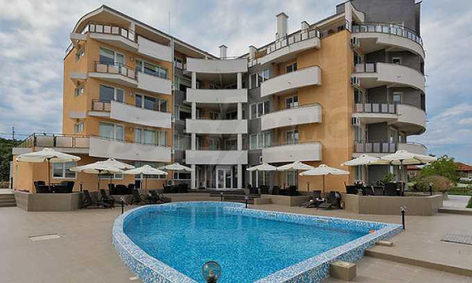2-Raum-Apartment mit einem eigenen Garten im Komplex Danubia Beach 10