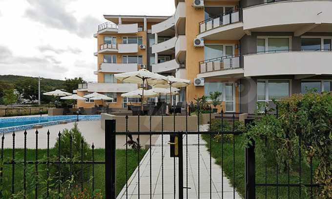 2-Raum-Apartment mit einem eigenen Garten im Komplex Danubia Beach 12