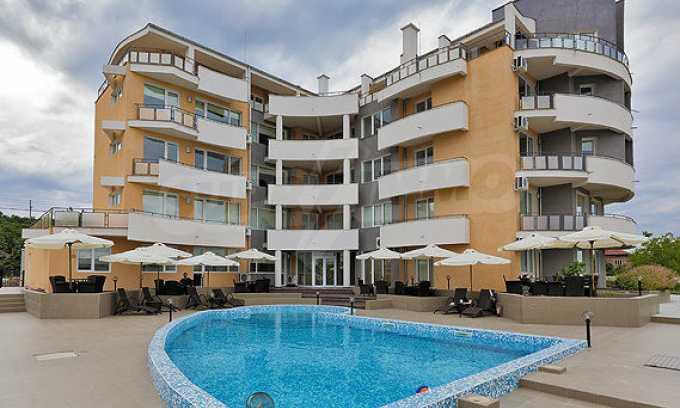 2-Raum-Apartment mit einem eigenen Garten im Komplex Danubia Beach 13