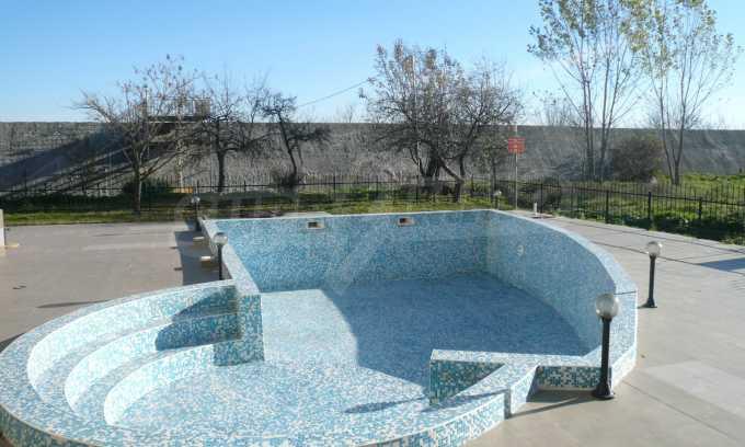2-Raum-Apartment mit einem eigenen Garten im Komplex Danubia Beach 27