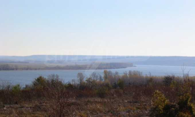 Development land near Vidin 6