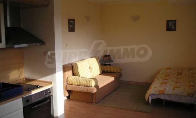 Двухкомнатная квартира в комплексе «Сани Форт» 23