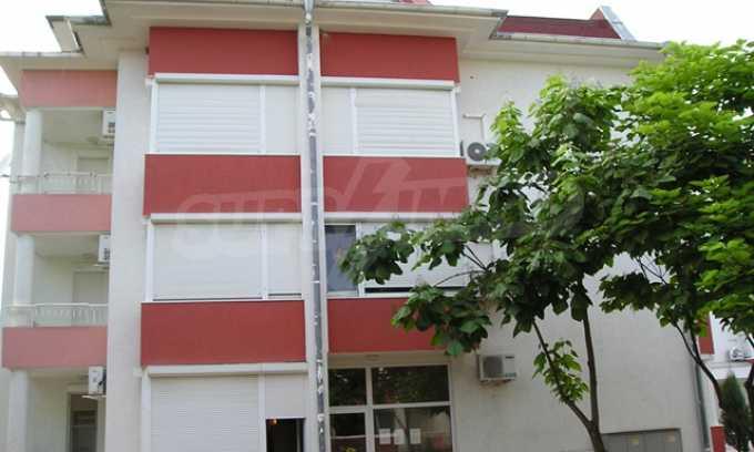 Двухкомнатная квартира в комплексе «Сани Форт» 3