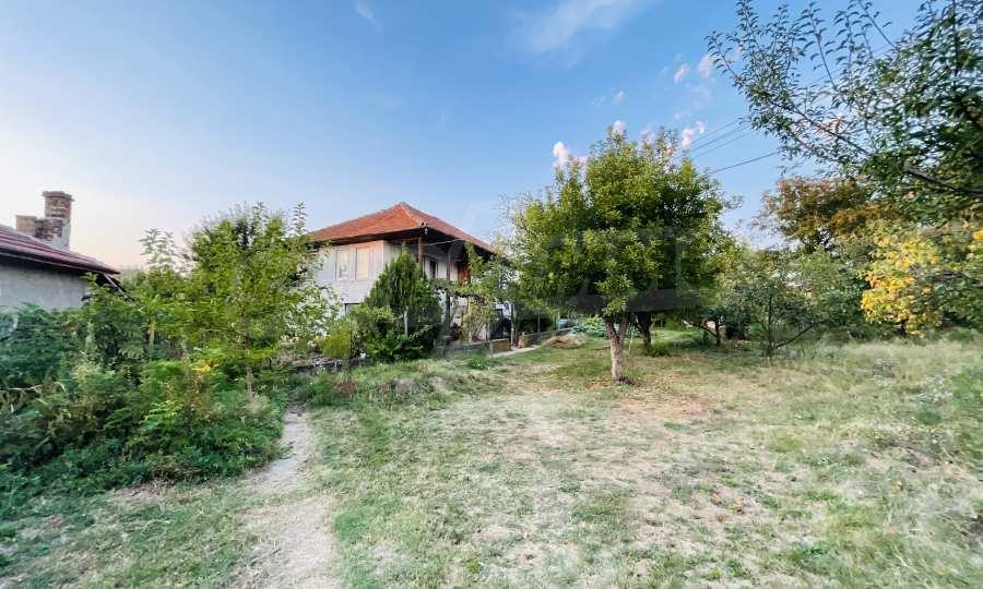 12 km von der Stadt Veliko Tarnovo entferntes renoviertes Haus