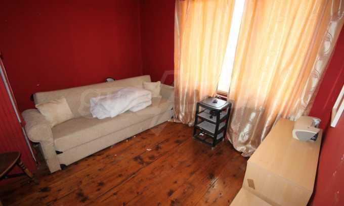 12 km von der Stadt Veliko Tarnovo entferntes renoviertes Haus 31