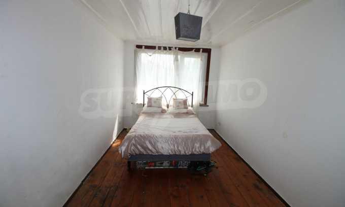 12 km von der Stadt Veliko Tarnovo entferntes renoviertes Haus 36