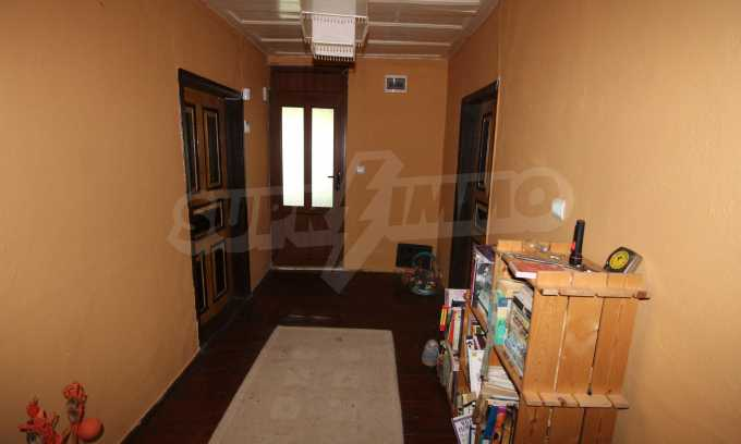12 km von der Stadt Veliko Tarnovo entferntes renoviertes Haus 41
