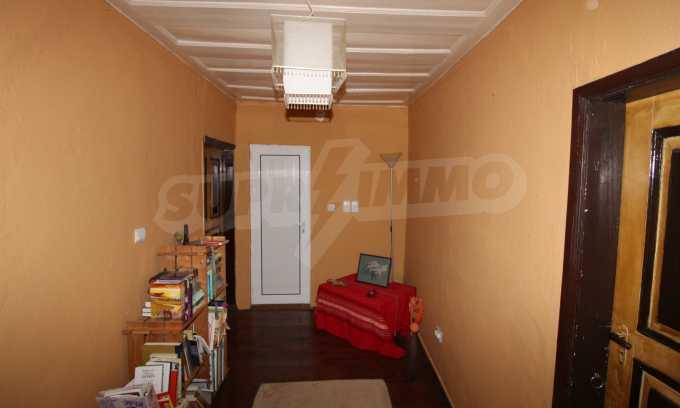 12 km von der Stadt Veliko Tarnovo entferntes renoviertes Haus 42