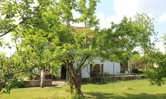 12 km von der Stadt Veliko Tarnovo entferntes renoviertes Haus 51