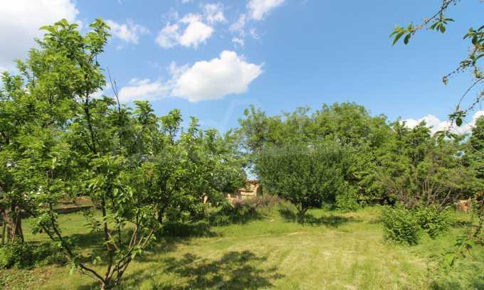 12 km von der Stadt Veliko Tarnovo entferntes renoviertes Haus 53